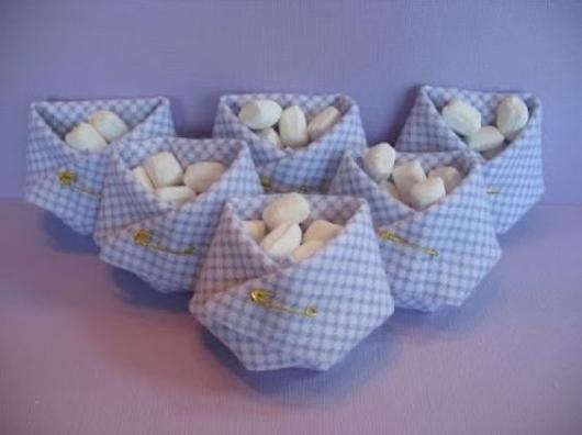 Doces para chá de bebê barato: Bala de coco