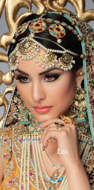 Fantasia indiana feminina: Maquiagem