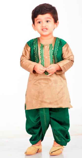 Fantasia indiana masculina infantil verde e bege