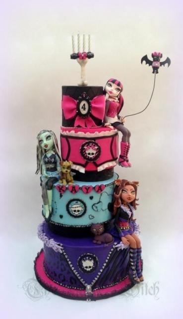 festa monster high com bonecas de biscuit