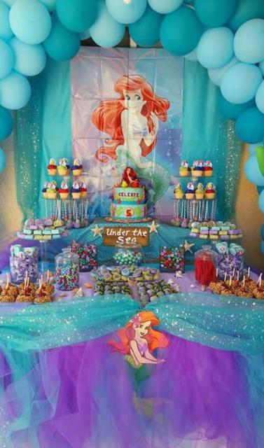 Festa Sereia: Decoração Pequena Sereia com tule azul