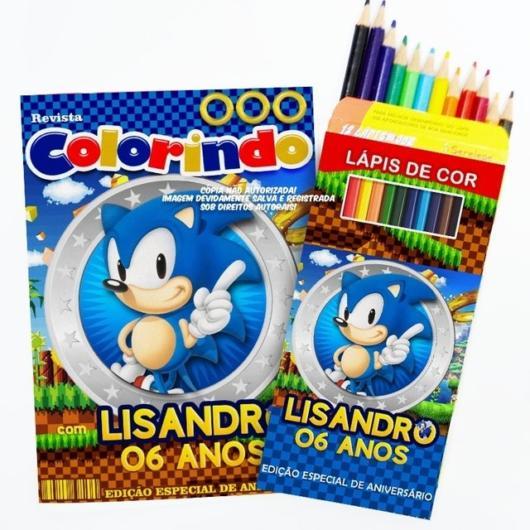 Kit com lápis de cor e desenhos prontos para colorir