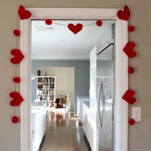 Surpresa de 1 ano de namoro simples: Enfeite de porta