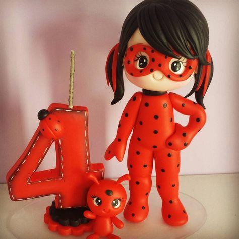 Topo de bolo: Ladybug