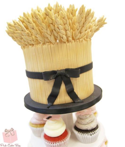 Bodas de Trigo: Bolo decorado com pasta americana