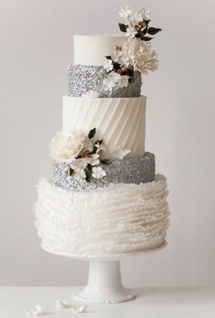 bolo de bodas de prata chique