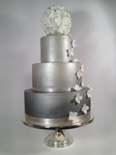 bolo de bodas de prata de isopor fake