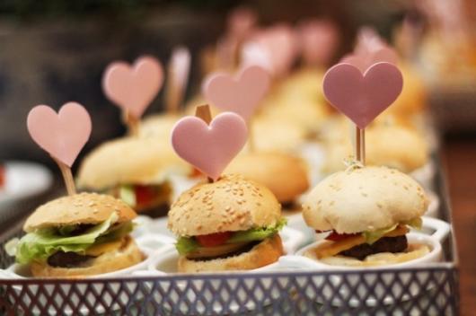 Comidas para Chá de Bebê: Mini hambúrguer