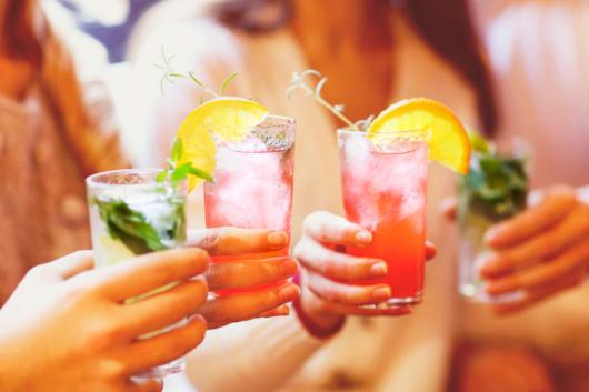 Junte os amigos e comemore com ótimos drinks!