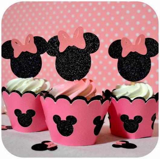 cupcake minnie rosa com topo personalizado