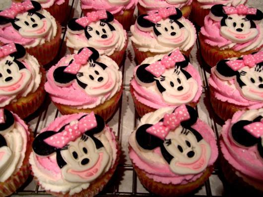 cupcake minnie rosa com rosto