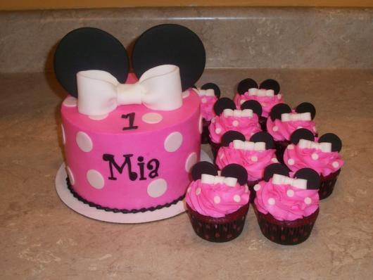 cupcake minnie rosa rosa e preto