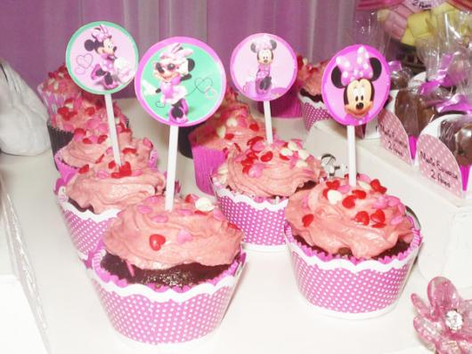 cupcake minnie rosa com bombom