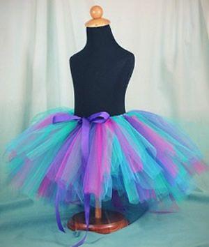 Fantasia com saia de tule colorida: Bailarina