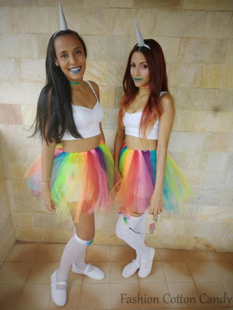 Fantasia com saia de tule colorida: Unicórnio
