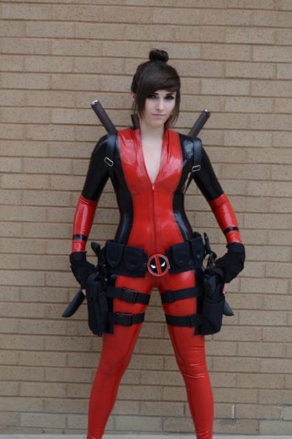 Fantasia Deadpool feminina para diversos eventos