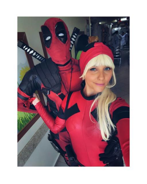 Que tal uma fantasia Deadpool de casal para arrasar em qualquer festa?