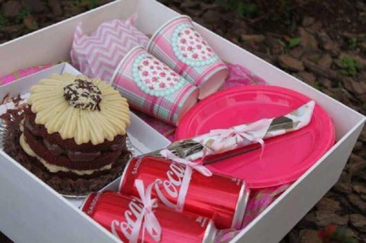 Você pode providenciar tudo rapidamente para fazer uma festa surpresa!