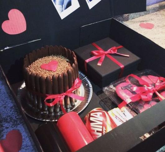 Um modelo sofisticado para comemorar o aniversário de namoro, por exemplo