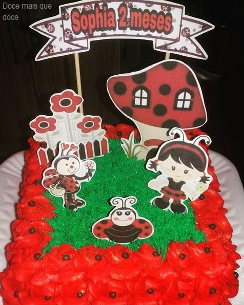 bolo quadrado decorado