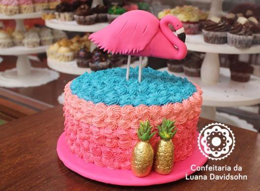 topo de bolo rosa