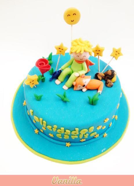Bolo Pequeno Príncipe de pasta americana com topo de bolo