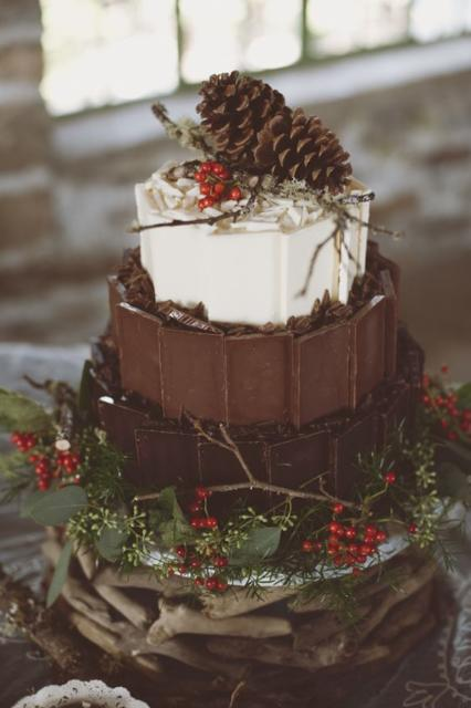 Bolo Rústico: De Chocolate com decoração de Natal