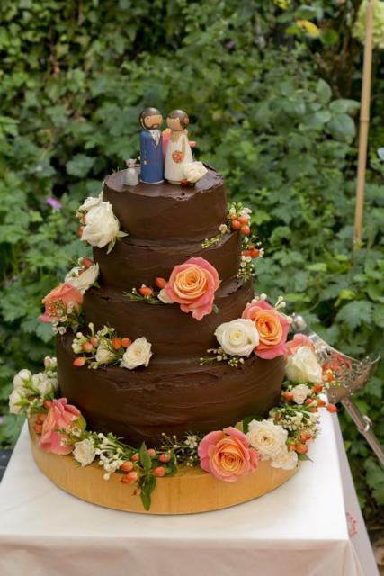 Bolo Rústico: Para casamento com chocolate e flores