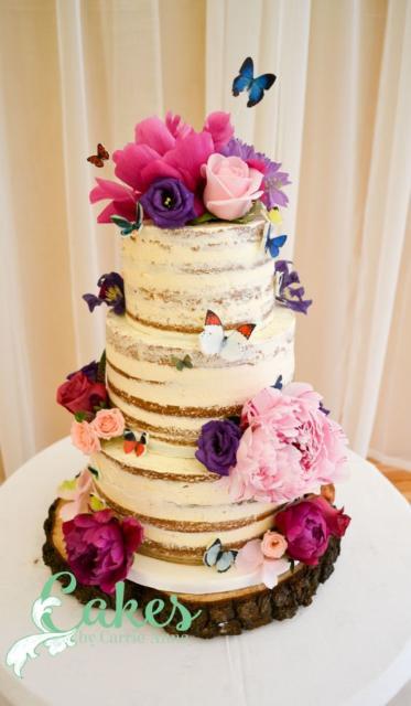Bolo Rústico: Para aniversário com flores e borboletas