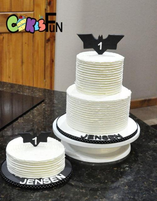 Bolo Rústico: Para aniversário com Tema Batman