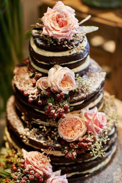 Bolo Rústico: De Chocolate com flores