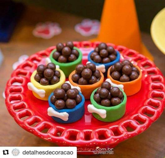 Doces Patrulha Canina: bolinha de chocolate