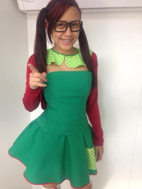 fantasia feminina com vestido