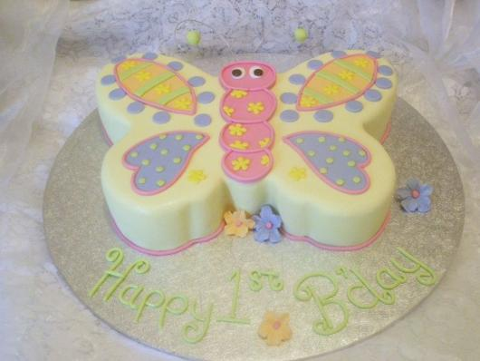 O bolo também pode ter o formato da borboleta