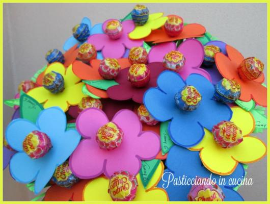 jardim com flores de papel