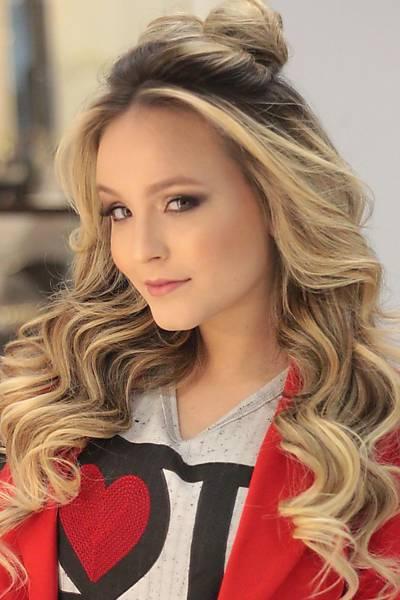 Penteados para 15 anos: Para convidada cabelo solto