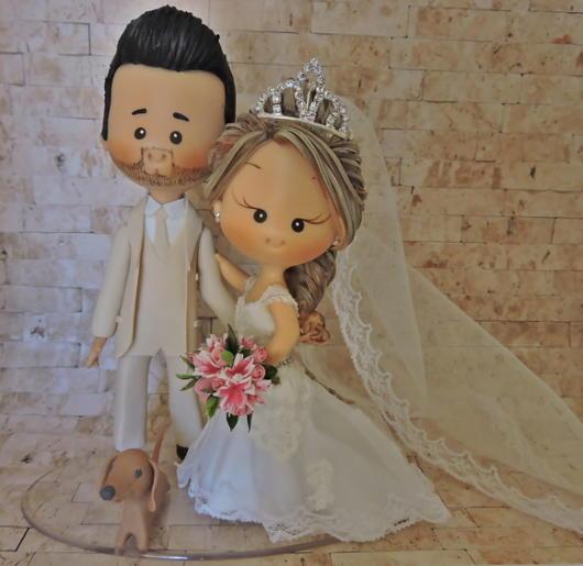 Topo de bolo de biscuit bem fofo para casamento