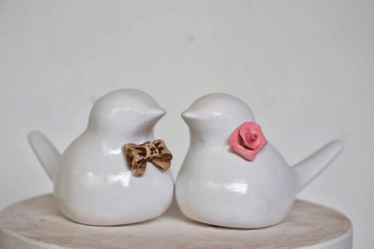 Topo de bolo de passarinhos de porcelana