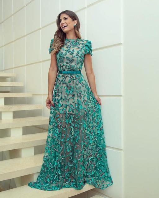 Vestido de renda para festa: Longo verde