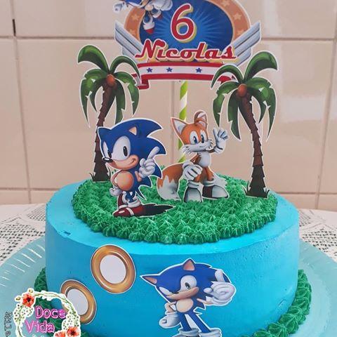 Você pode confeccionar um bolo cenográfico lindo para o aniversário do seu filho
