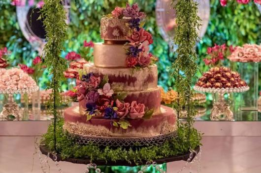 A decoração faz toda a diferença para deixar seu bolo impecável