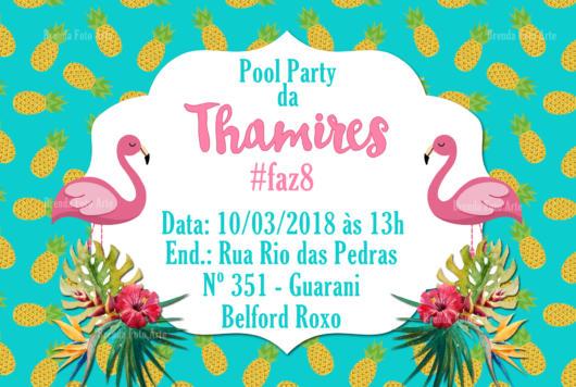 Convite na horizontal com flamingo e abacaxis ao fundo