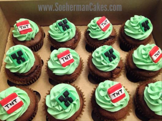 A combinação do verde com o marrom do chocolate é perfeita