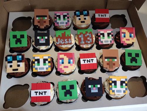 Para cada cupcake, um estilo de decoração diferente