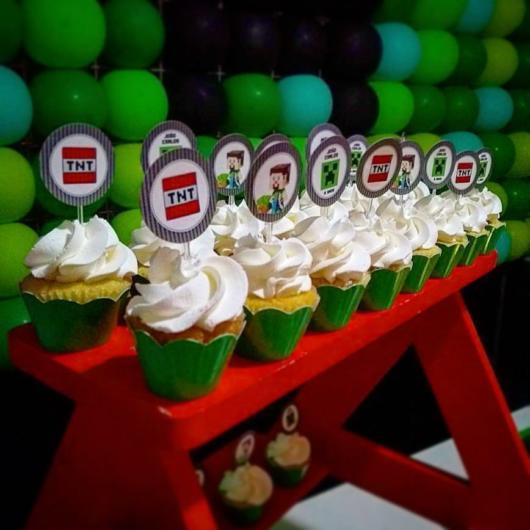 Distribua na mesa do aniversário, com certeza ficará perfeito em sua decoração