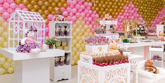 Decoração rosa com dourado