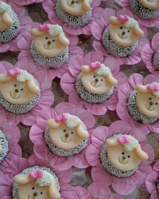festa ovelhinha cor de rosa