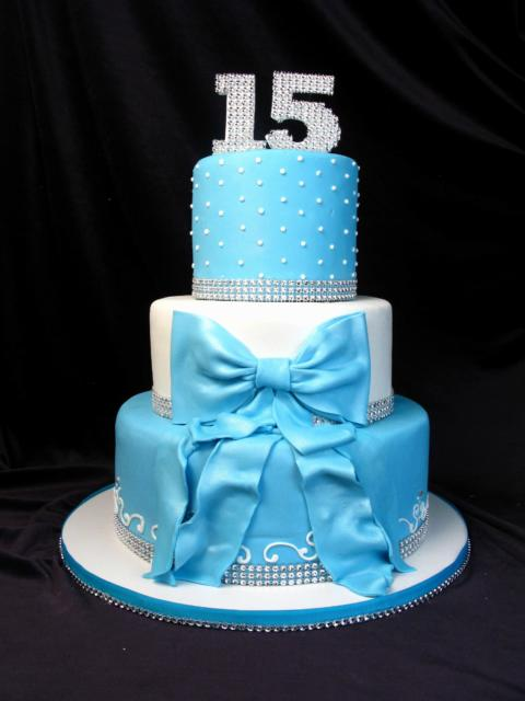 bolo 15 anos festa azul tiffany