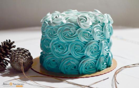 bolo rosas festa azul tiffany
