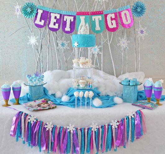 festa azul tiffany com branco e roxo